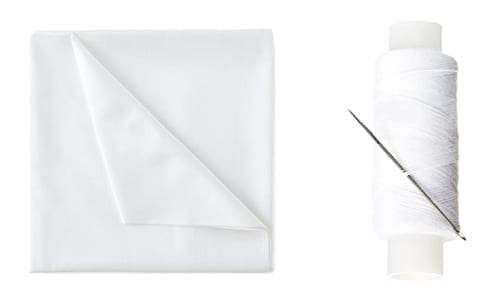 Tissus blanc et fil blanc